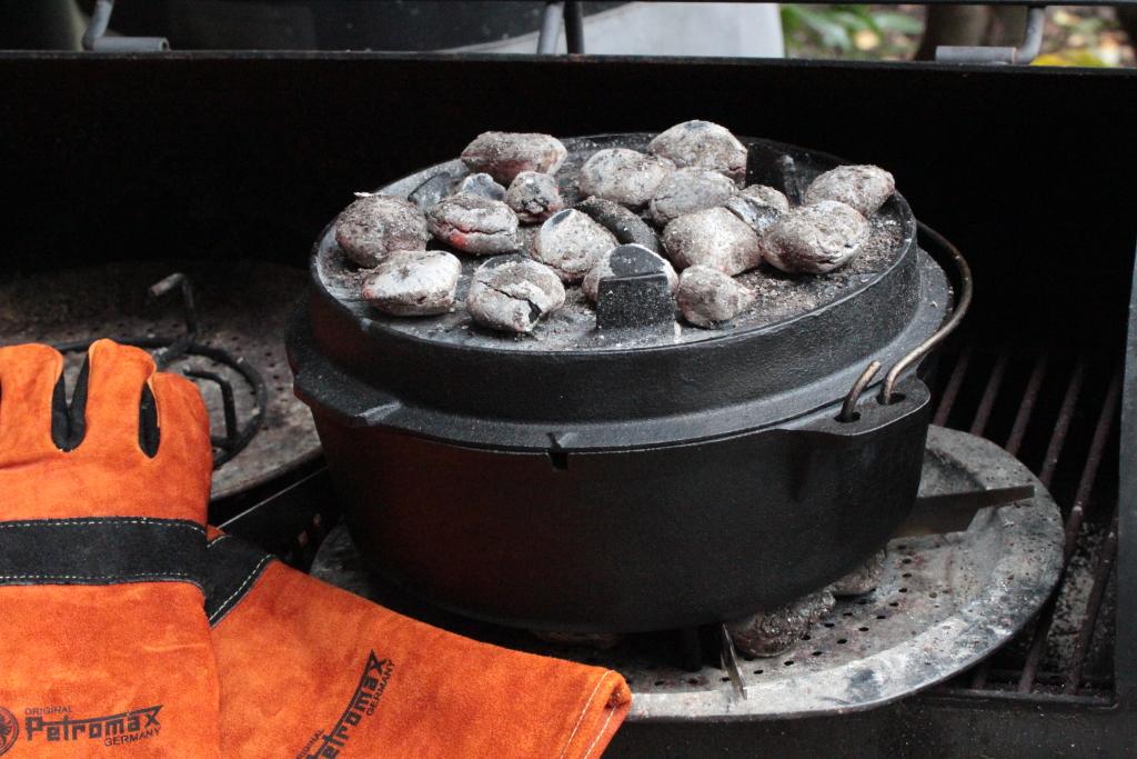 Pulled Pork Im Gasgrill Rezept : Pulled porku201c aus dem dutch oven u2013 grill gewürze bbq gewürze